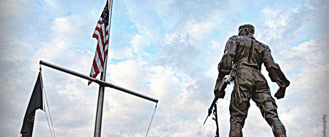 soldier_statue